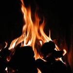 make fire kindling