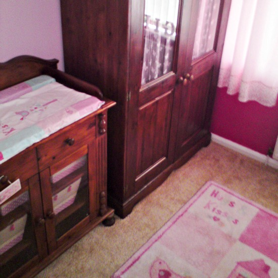 thrifty baby bedroom
